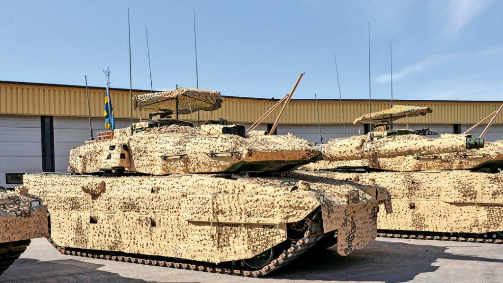 Strv 122B int