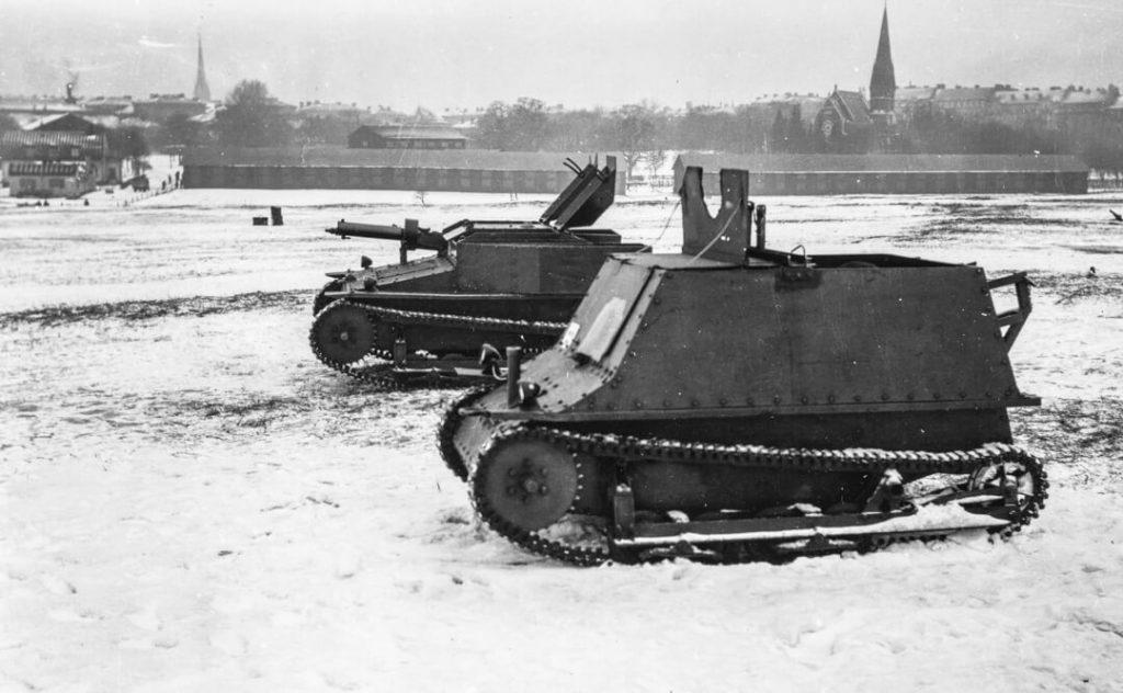 Lätt stridsvagn Carden-Loyd MkV Star (främst) och MkVI