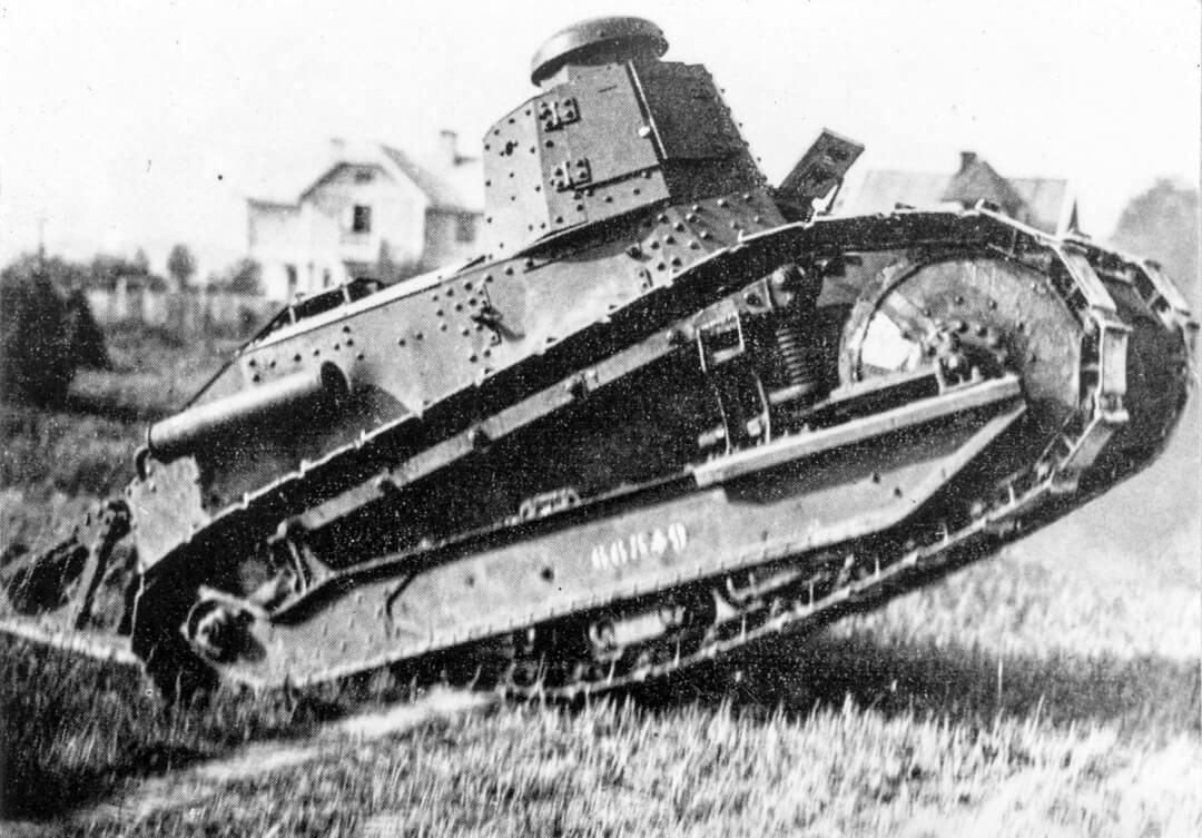 """Sveriges första stridsvagn –  fransk Renault FT """"Putte"""""""