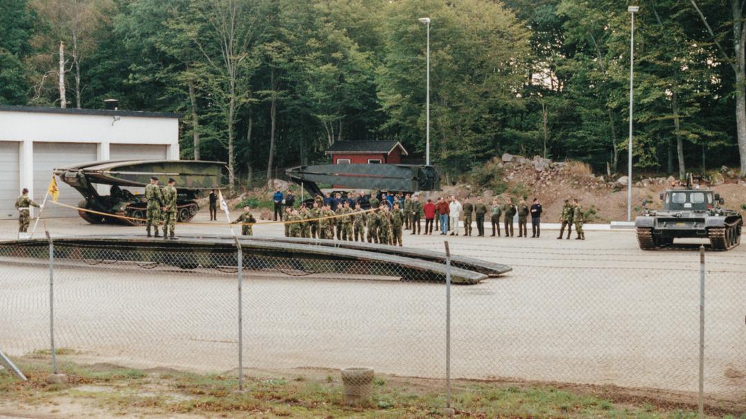 Från vänster Brobv 971A, brobv 9719 brolutb samt brobv 9717 körutb vid invigning av broläggningscentrum vid P 2. Foto: Tommy Nilsson