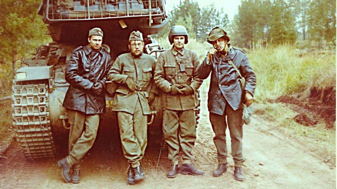 Besättning på plutonchefsvagn Strv 74, Foto: Charlie Ekblad