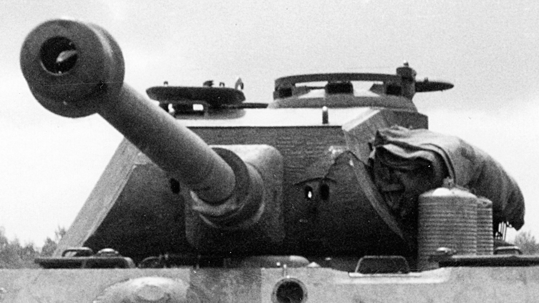 "Pre-production turret, with gun barrel cast in one piece and ""two-eyed"" sight on the Swedish King Tiger."