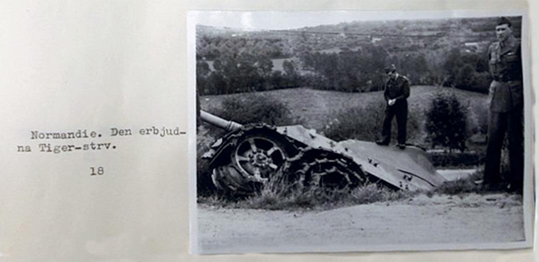 Från rapporten efter resan i Frankrike 1946. Vagnen på bilderna är den första Kungstiger som erbjöds Sverige. Inte den som slutligen kom till Sverige.